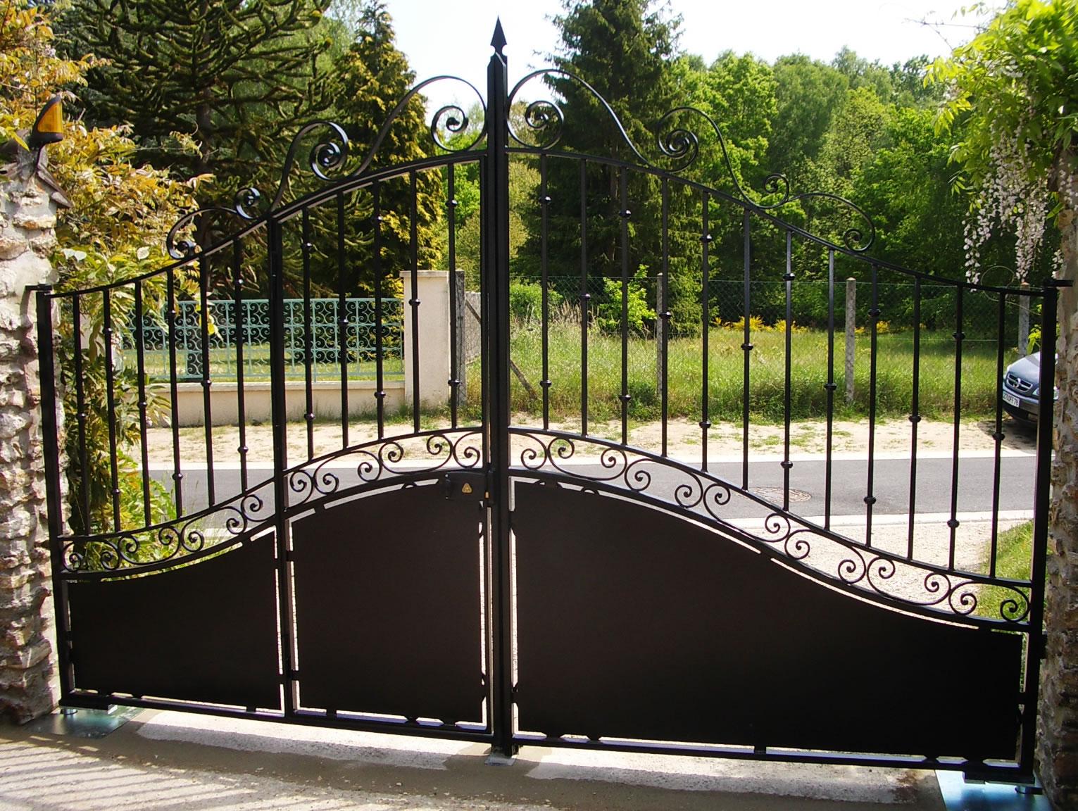 portail maison bourrellier 002